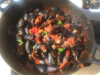 Blaumuscheln mit Tomatensauce