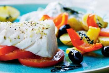 Gebackener Seehecht mit griechischen Kartoffeln